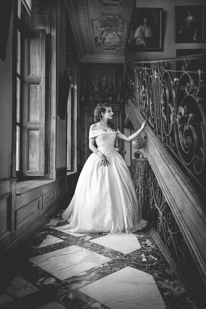Model: Charlotte Mauro - Stylist: Studiophoto26